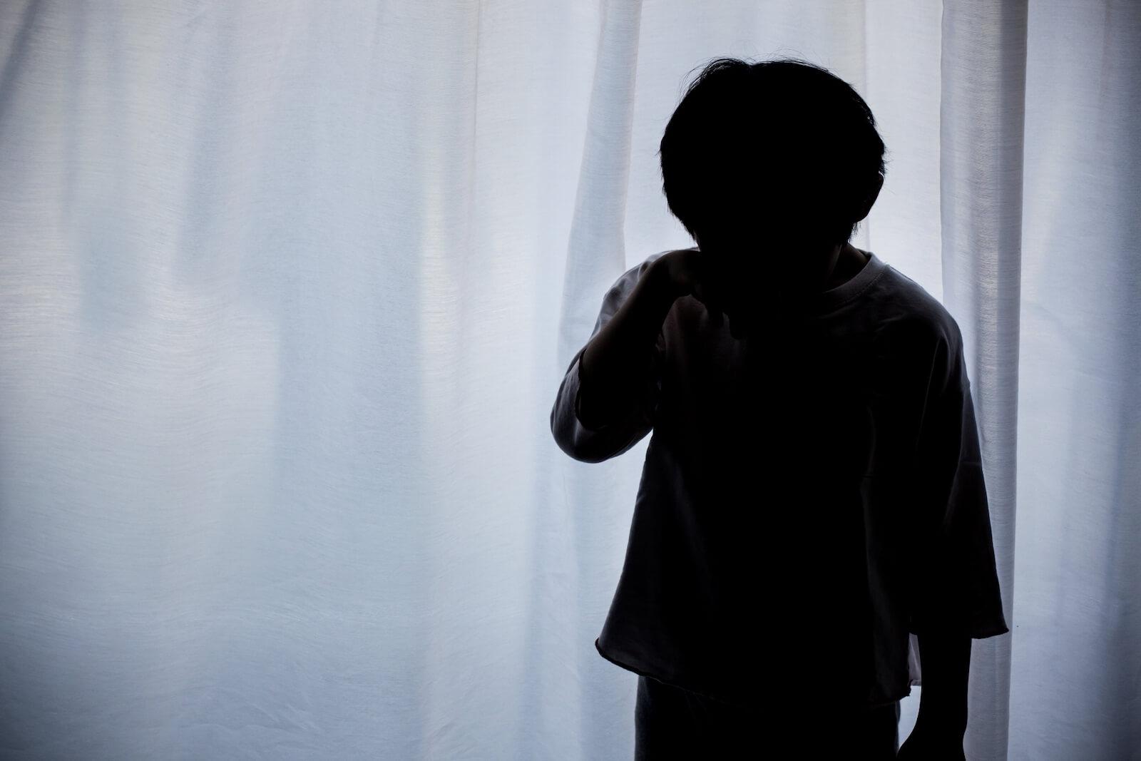 子供の虐待、その実態と課題、進む対策について